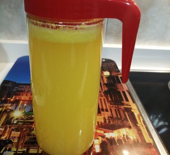 Limonada anaranjada