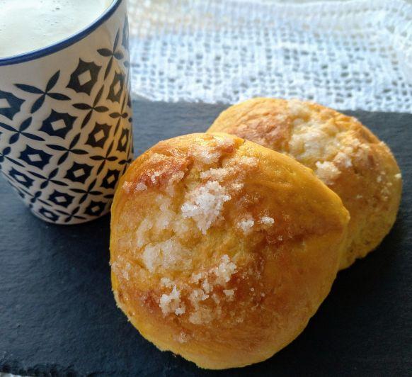 Qué mejor desayuno que un bollo recién horneado !