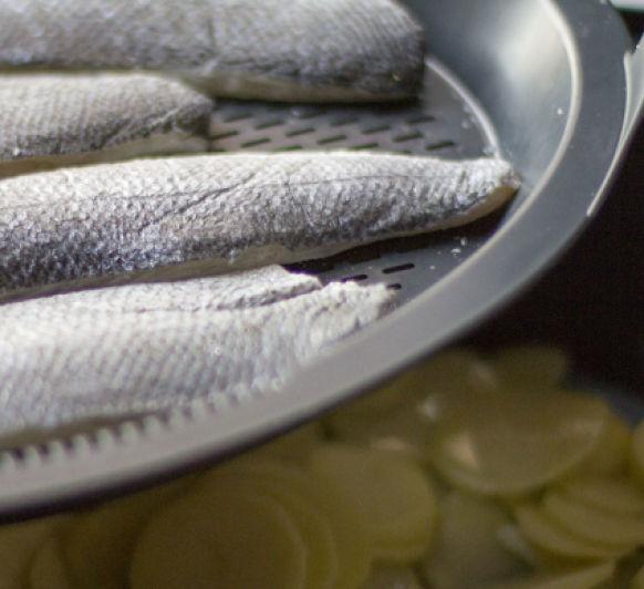 Cocina el pescado con suavidad